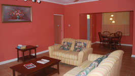 Spacious Living Area, One-Bedroom Suite - Mandeville Hotel